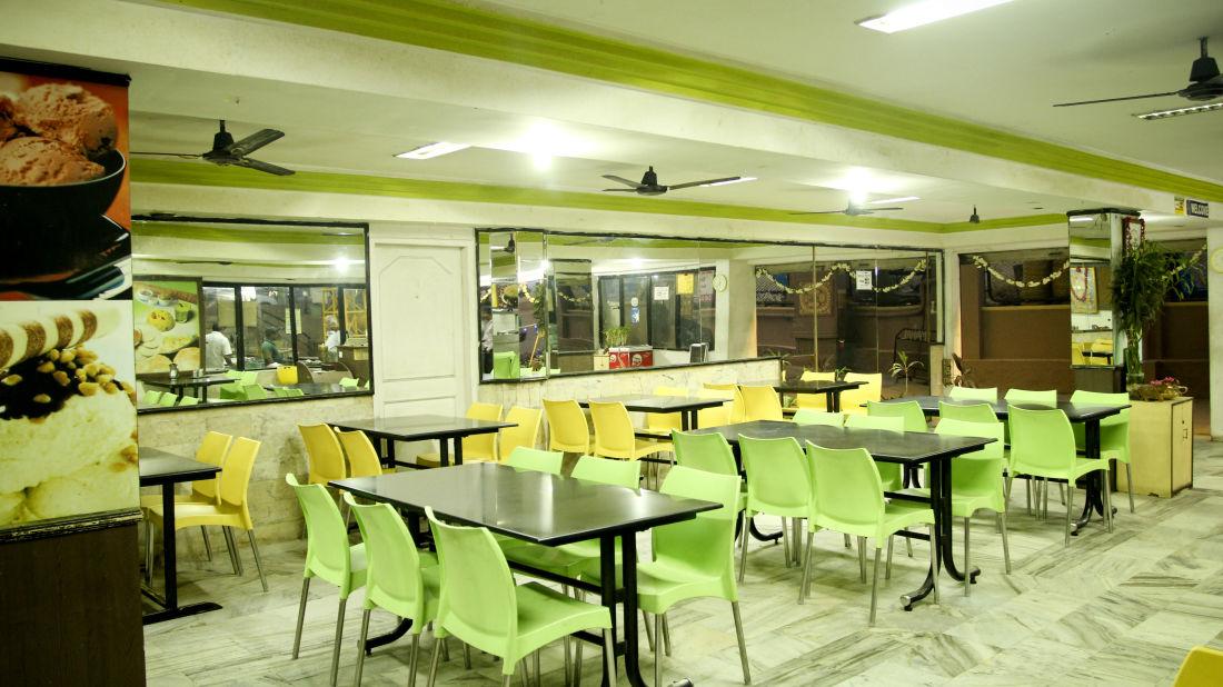 Restaurants Hotel Yasodha Towers 11