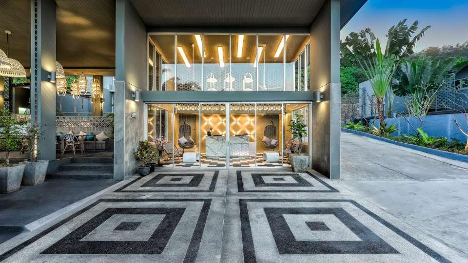 Facade Villa Sonata Phuket 23