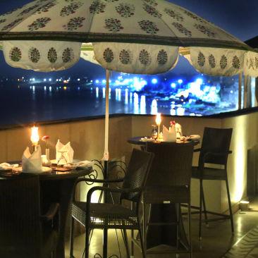 19. 2nd floor Kamalaya Terrace - Night view
