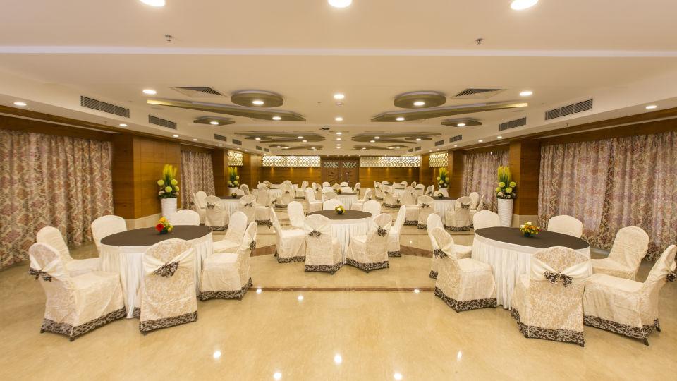 Hotel Pai Viceroy, Tirupati Tirupati Hotel Pai Viceroy Tirupathi Sammilan Banquet Hall 13