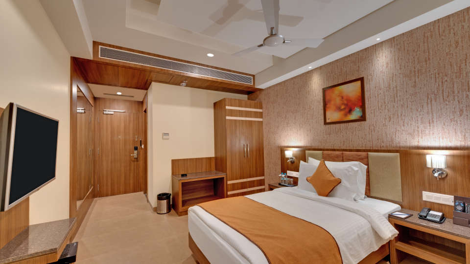 Deluxe Single Bed at Anaya Beacon Hotel in Jamnagar 1