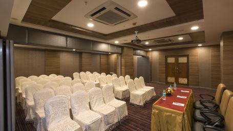 Hotel Pai Viceroy, Tirupati Tirupati Hotel Pai Viceroy Tirupathi Opal Hall 1