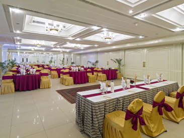 Banquet Hall at Clarks Avadh, hotel near gomti river in Lucknow, hotels in lucknow seedf23