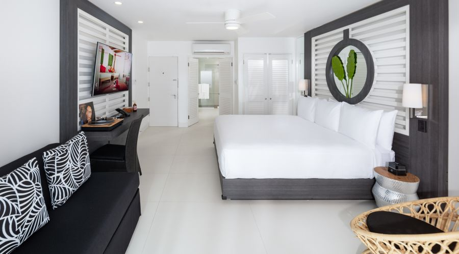 alt-text Ocean View Junior Suite King, S Hotel Jamaica, Accommodation in Montego Bay