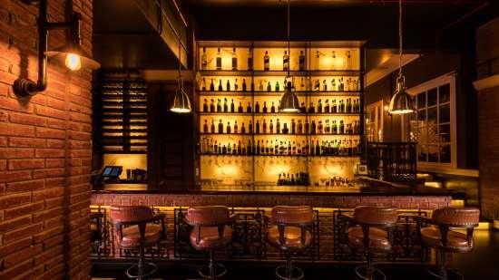 tattenham corner-Lounge Bar in Bhopal-Jehan Numa Palace Bhopal-restaurants in Bhopal 1