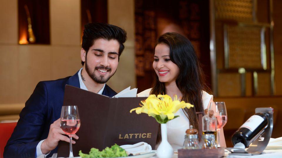 Fizz Restaurant at Crystal Sarovar Premiere Agra 5 star hotels in Agra