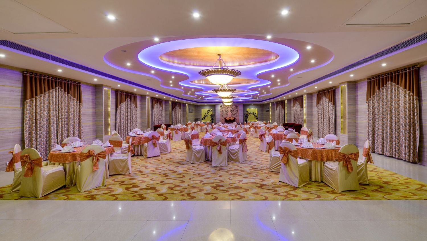 Banquet Hall at Nidhivan Sarovar Portico Vrindavan_ best hotels in vrindavan 11