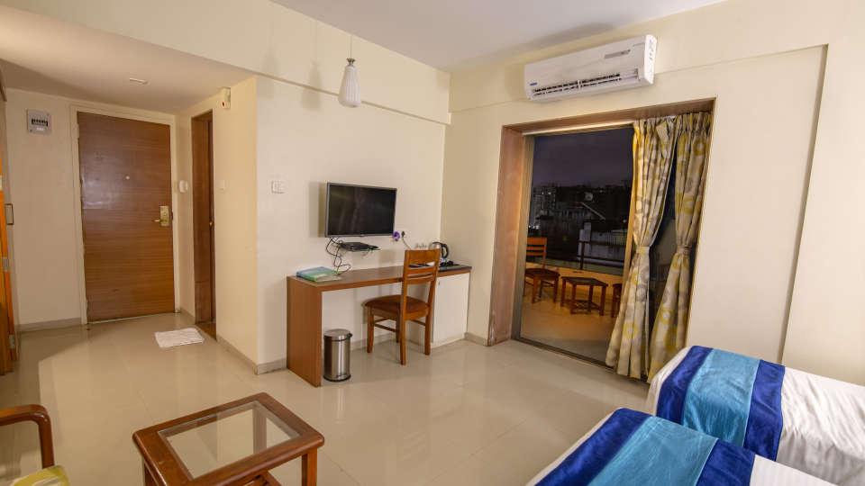 Executive Room with Balcony 1
