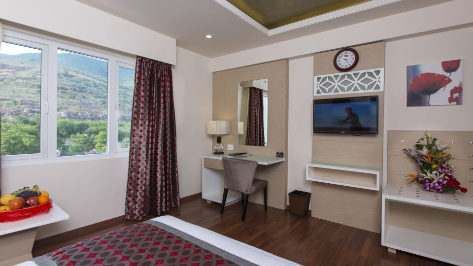 Hotel Pai Viceroy, Tirupati Tirupati Hotel Pai Viceroy Tirupathi Suite 3