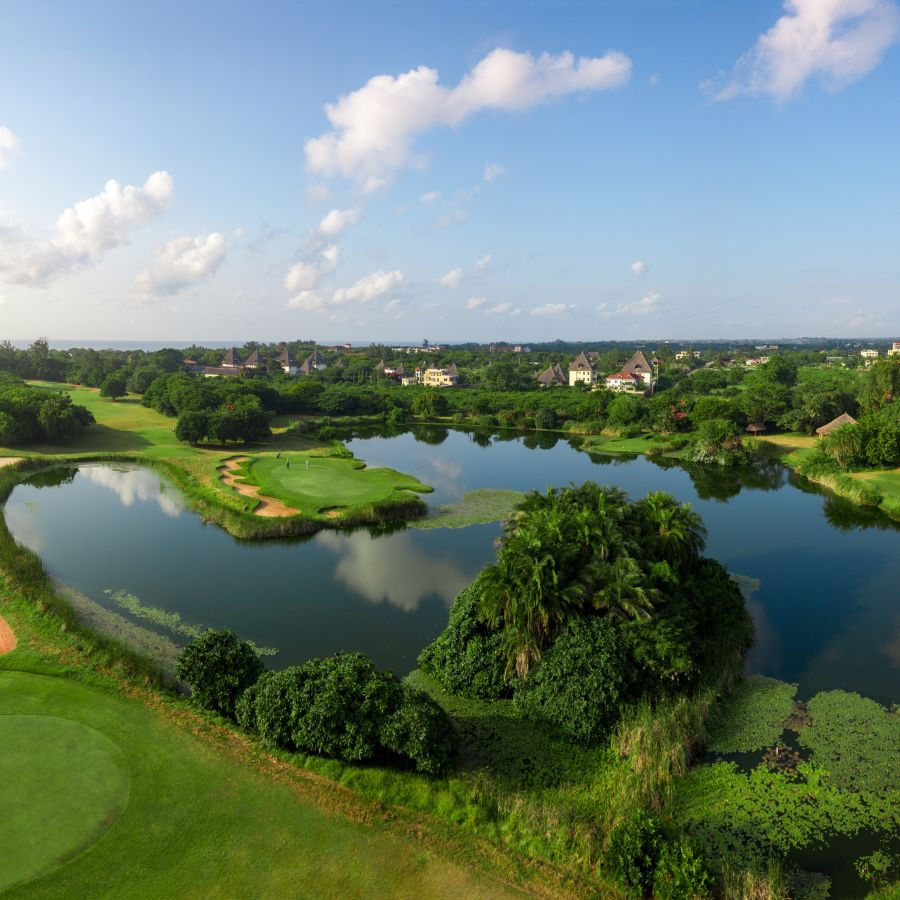 Golf course at Leisure Lodge Beach and Golf Resort 6