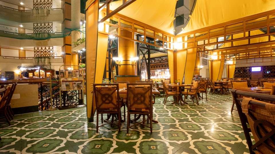 Restaurant in Vile Parle, Orchid Hotel Mumbai Vile Parle, Hotel Near Mumbai Airport 124