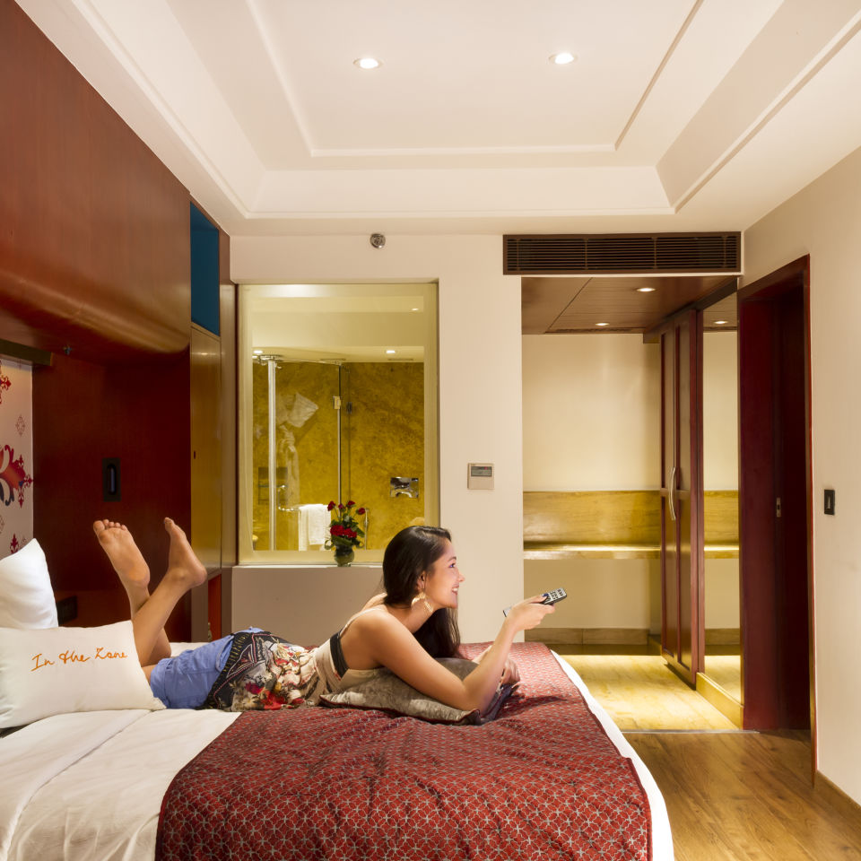 Trio Rooms Near Bani Park , Zone By The Park  , Hotel In Jaipur 1