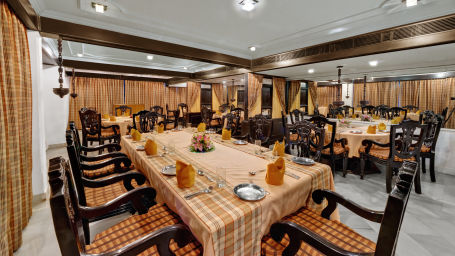 SRM Hotel Maram Malai Nagar Chennai 9