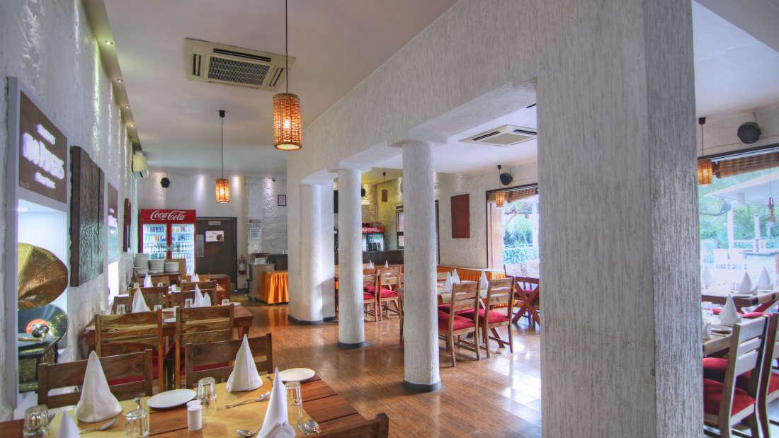 The Forresta Kitchen   Bar Hotel Devraj Niwas 8