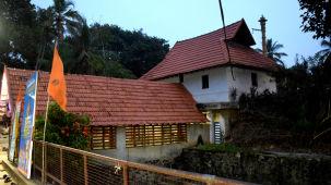 Thiruvallam Parasurama Temple EntranceDSC 8729