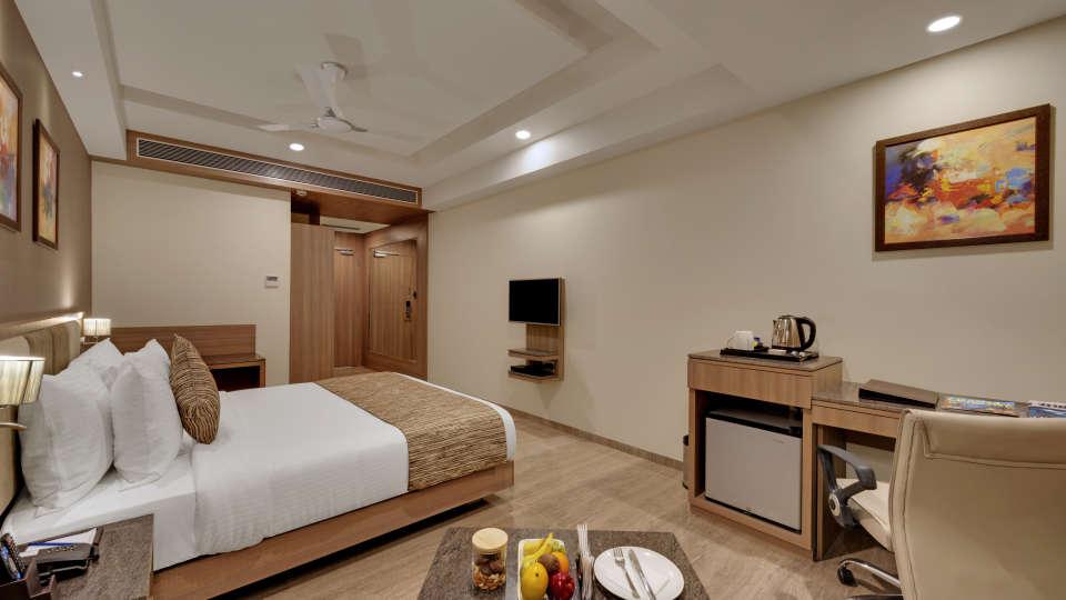 Executive Double Bed at Anaya Beacon Hotel in Jamnagar 1