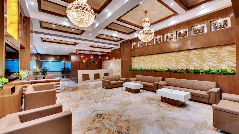 Lobby of Anaya Beacon Hotel in Jamnagar 4
