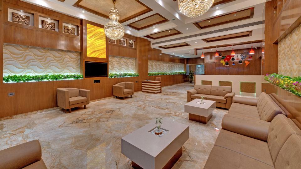 Lobby of Anaya Beacon Hotel in Jamnagar 1