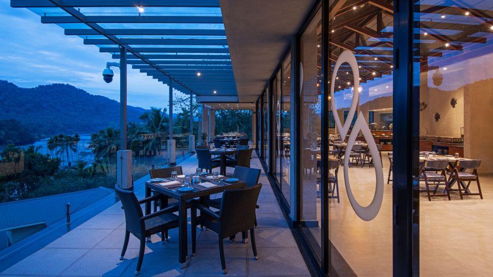 Al Fresco Dining Area - Restaurant 1