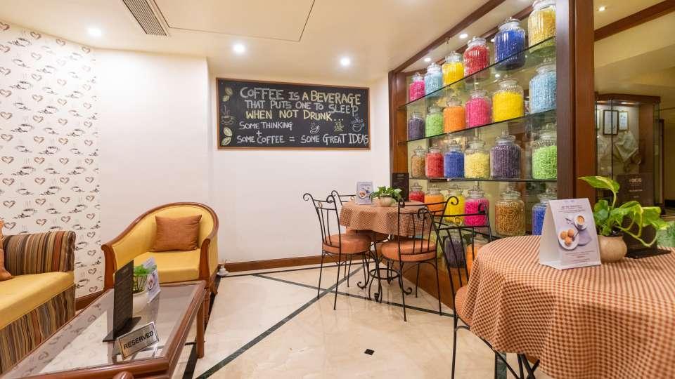 Restaurant in Vile Parle, Orchid Hotel Mumbai Vile Parle, Hotel Near Mumbai Airport 10