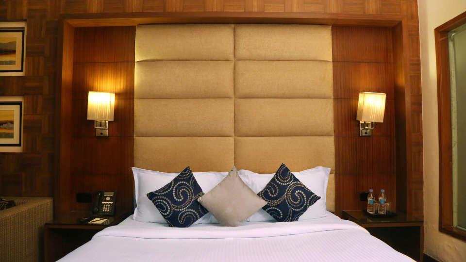 Premium Rooms at The Bristol Hotel Gurgaon, Rooms Near Sikanderpur Metro Station 2