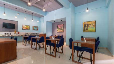 14 - Restaurant