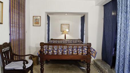 Neemrana Fort-Palace - 15th C, Delhi-Jaipur Highway Neemrana Gagan Mahal Hotel Neemrana Fort Palace Neemrana Rajasthan