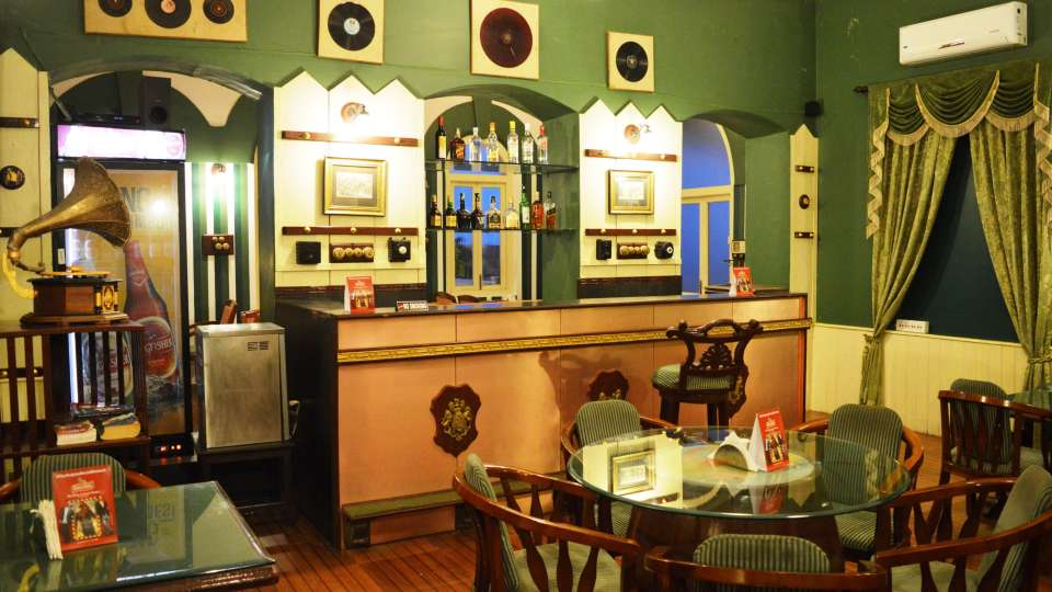 Best Bars in Pune, Pubs in Pune, Mahodadhi Palace, Pune