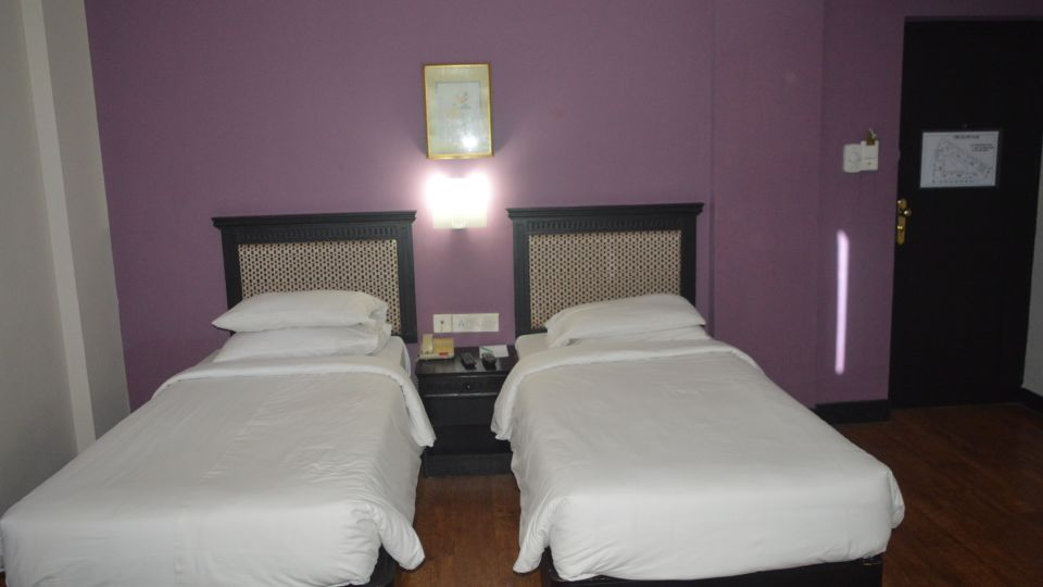 Harbour View Residency Cochin Deluxe Room Hotel Harbour View Residency Cochin 11