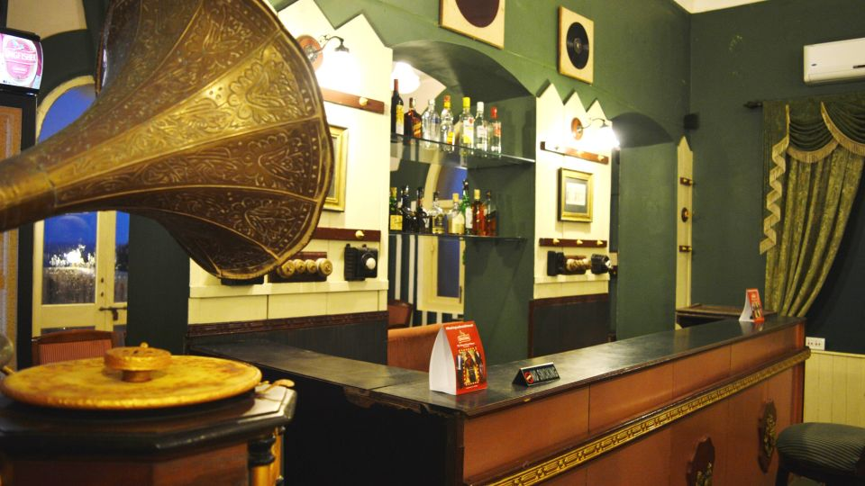 Classic Bar in Pune, Best Bars in Pune, Mahodadhi Palace, Pune