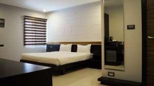 Hotel Raj Premier, Indiranagar, Bangalore Bangalore deluxe rooms hotel raj premier indiranagar bangalore 3