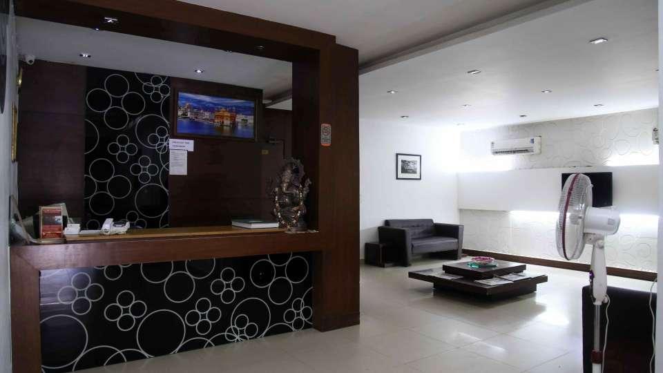 Hotel Sarthak Palace, Karol Bagh, New Delhi New Delhi And NCR lobby hotel sarthak palace karol bagh new delhi 2