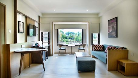 Rooms Purple Cloud Hotel Bets Hotels Near Bangalore International Airport 8