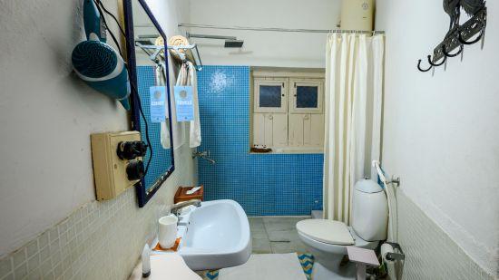 Mayur Bathroom