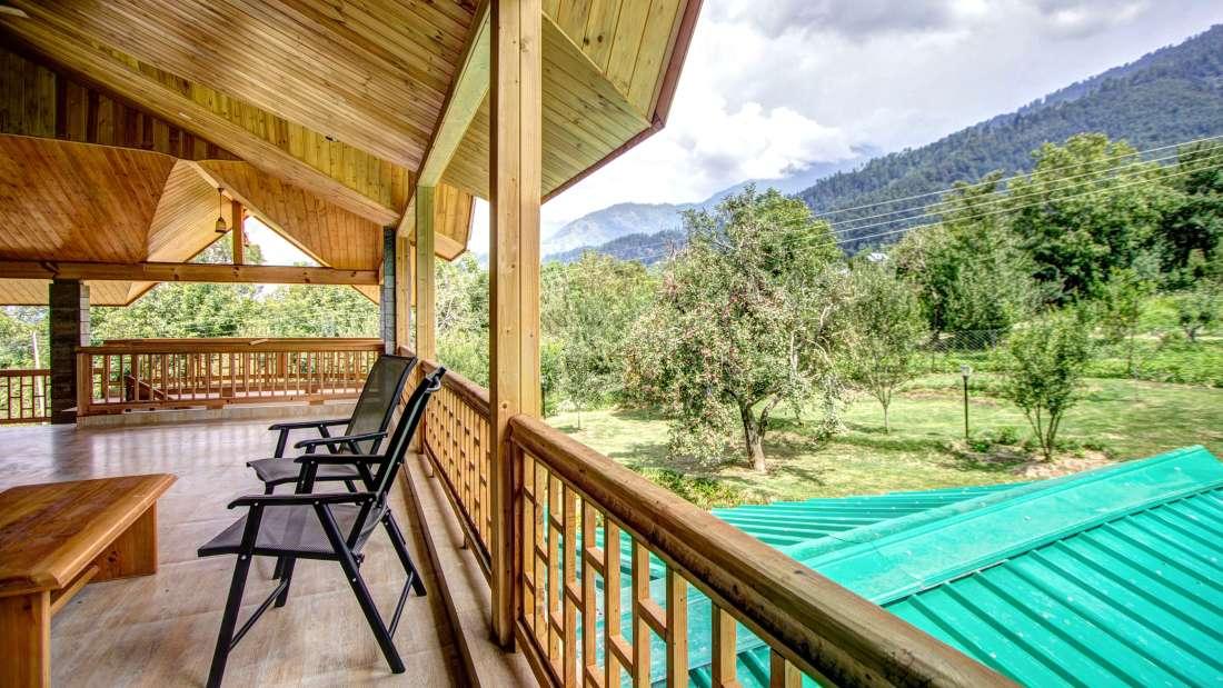 Baragarh Villa Kullu Terrace view Royal Suite Baragarh Villa Kullu Himachal Pradesh