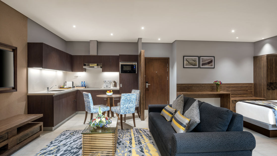 Executive Suite 1 - Living Room