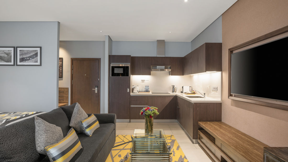 Executive Suite 2 - Living Room