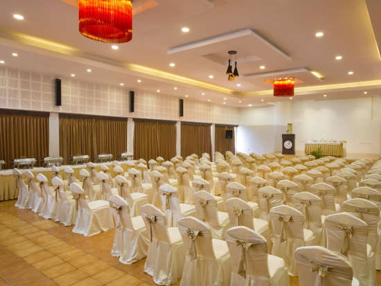 Meetings and Events Hall at TGI Star Holiday Resort Yercaud 5