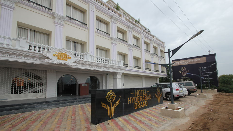 Hotel Hyderabad Grand Hyderabad Facade Hotel Hyderabad Grand Hyderabad 5