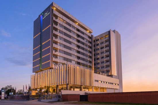 Exterior Building 1 v3