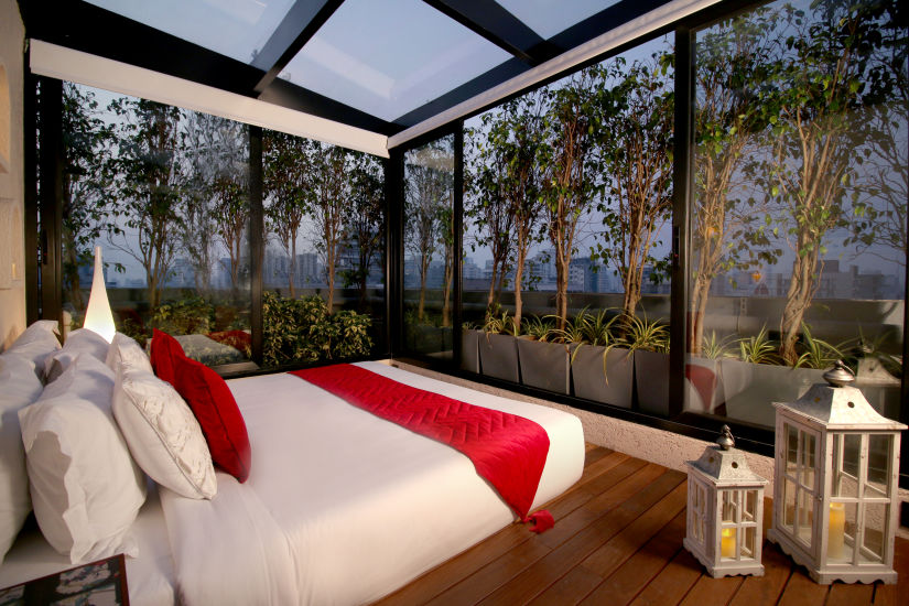 Romantic stay at Theory9 Premium Service Apartments Bandra, best staycation in mumbai