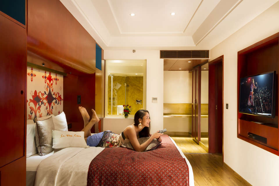 Trio Rooms Near Bani Park , Zone By The Park  , Hotel In Jaipur 2