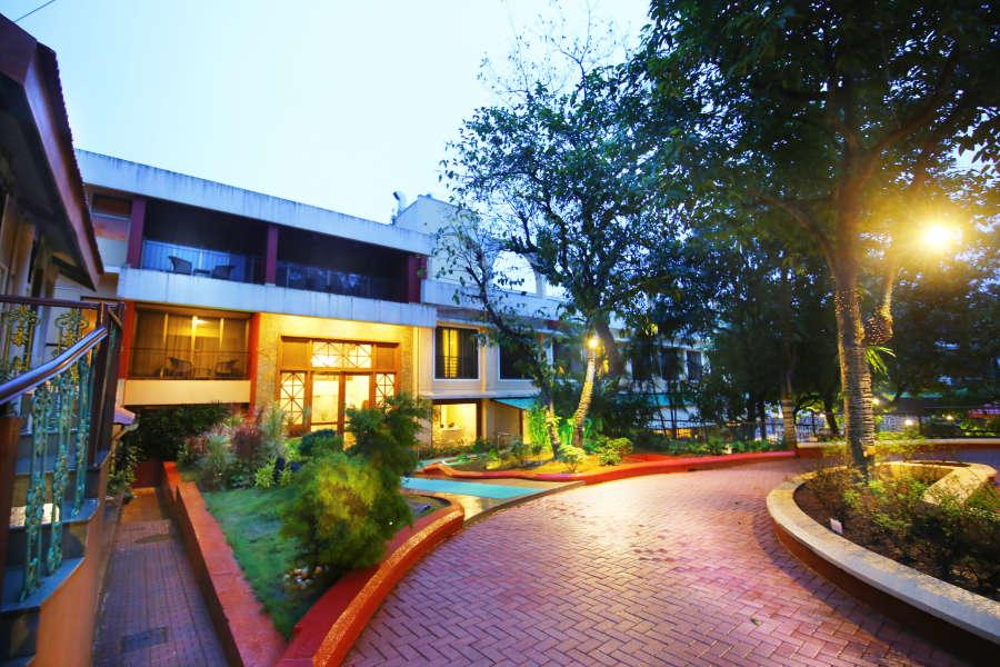 alt-text Exterior Zara s Resort Khandala Pune Hotels