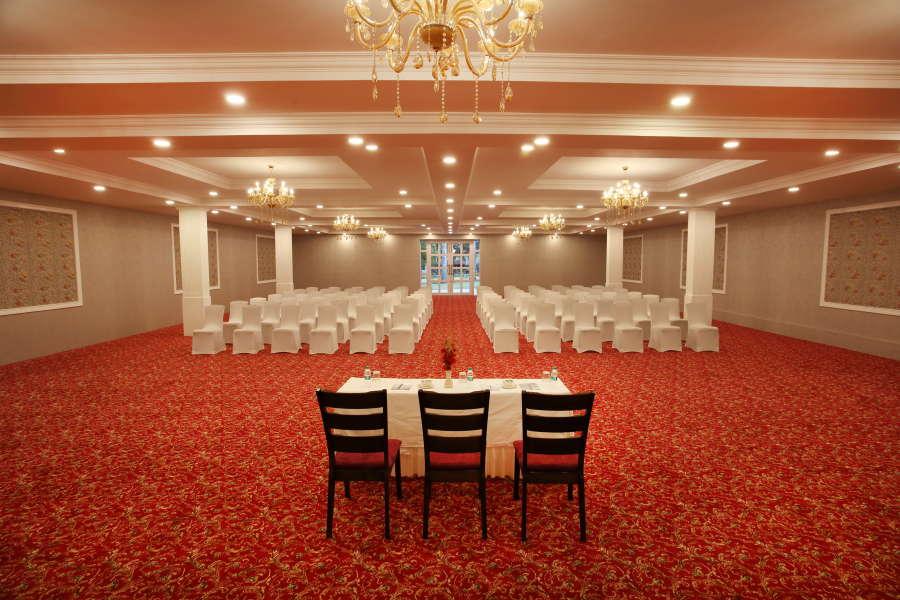 alt-text Royalton Leisure Resort Spa Bangalore10 banquet