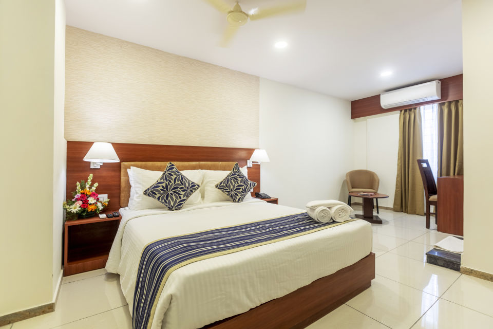 Executive Rooms at Classio Inn Airport Hotel Bangalore Rooms near Yelahanka 7