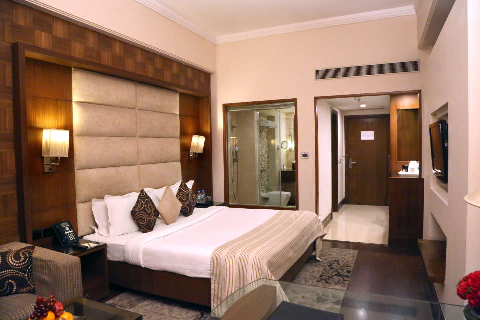 Premium Rooms at The Bristol Hotel Gurgaon, Rooms Near Sikanderpur Metro Station 3