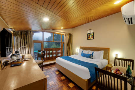 Junior Suite at The Manali Inn Hotel