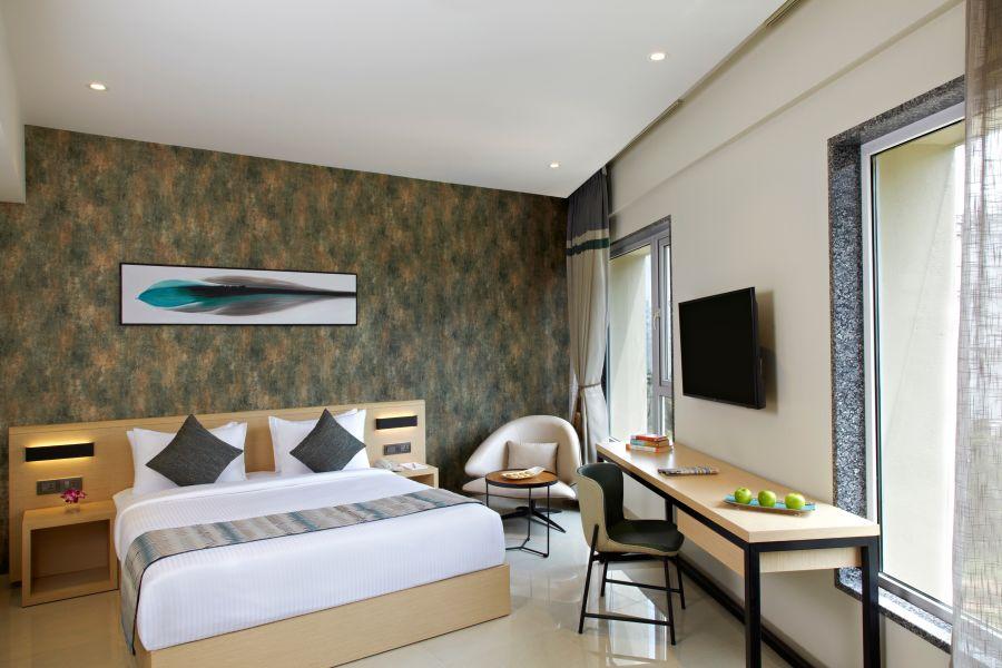 alt-text Click Bangalore Room 15354