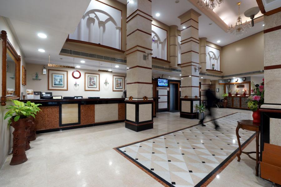 alt-text Lobby at Hotel Daspalla Visakhapatnam 3