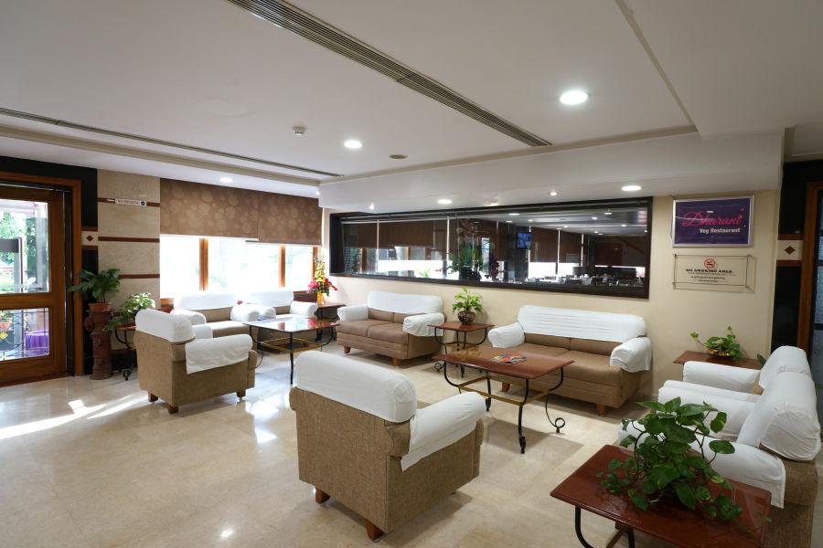 alt-text Lobby at Hotel Daspalla Visakhapatnam 7